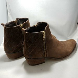 Steve Madden Ankle Booties 8.5 Brown Leather Quilt